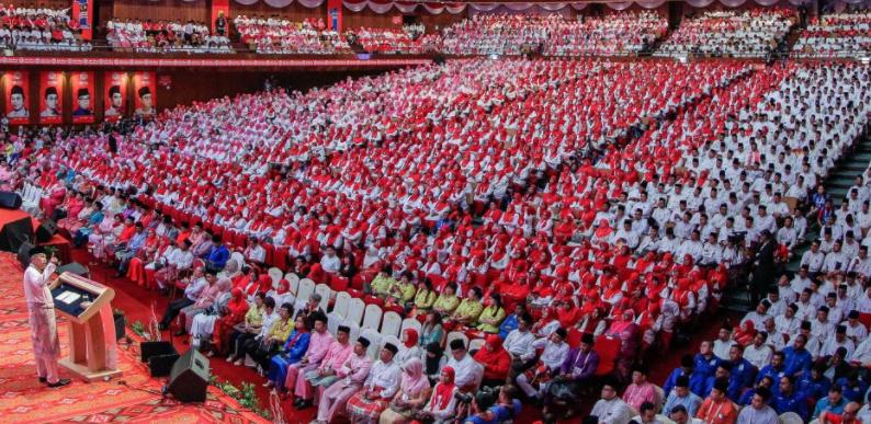 UMNO Dah Mula Hilang Fokus Kerana Gila Jawatan